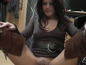 Lewd and alluring german Cougar in boots makes herself cum