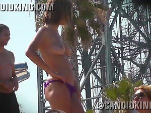 19 years old sensual sizzling teen caught topless on the beach!
