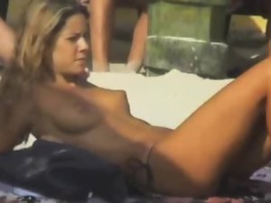Jennifer Aniston NUDE!