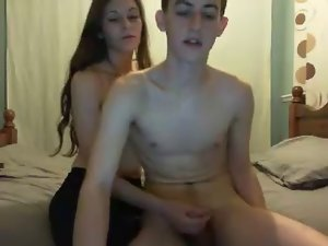 18 years old Couple Fuck Twice on Webcam