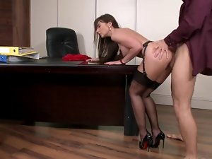 secretary in stockings anus fuck on the desk