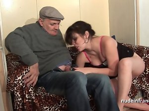 Amateur squirt dark haired wild DP in foursome with Papy Voyeur