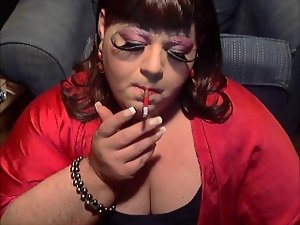 Sissy DianeL Smoking Fetish Queen