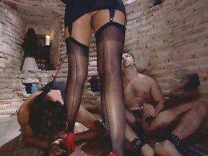 Nylon mistress DPed by her slaves