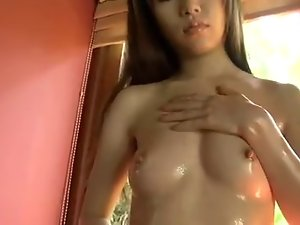 Komatsuzaki 19 years old Sensual japanese Beauty...F70