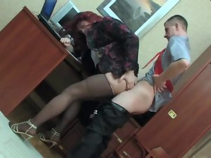 CD Shags Her Boss In The Office