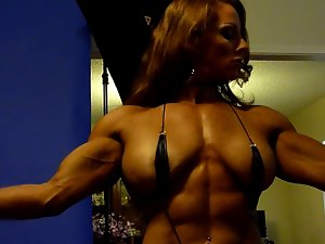 Sexual Muscle Goddess in Studio 5