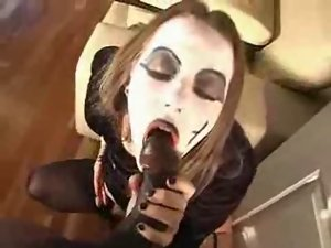 Super-Goth Amateur Strokes A Black Shaft