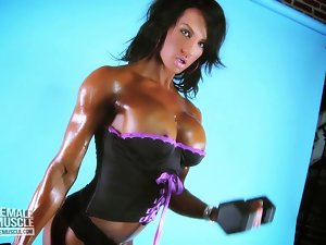 Muscle Lass Jennifer Love Knockers Popping Out of Her Top