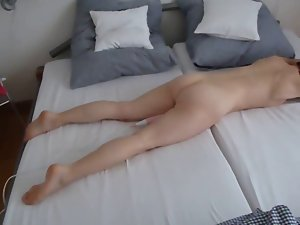teasing & moaning on bed1 with rubber toy sazz