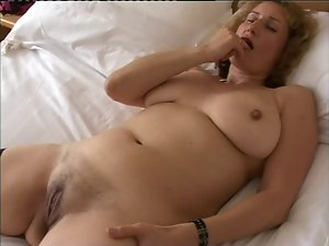 English Amateur Naomi