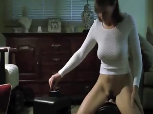 Dirty wife rides her Sybian