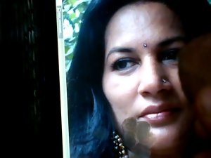 Tribute to Sensual face of Sensual indian Aunty