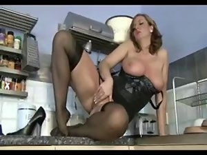 English cougar in black nylons