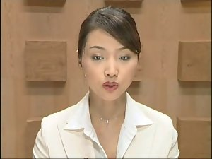 Lovely Jap newscaster gets several facisls