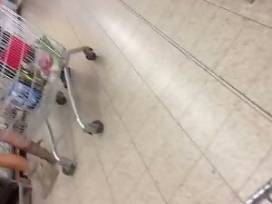 Filthy Cougar in the supermarket