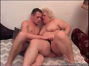 Fatty granny loves to give and get oral enjoyment