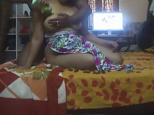 Seductive indian Aunty 1068