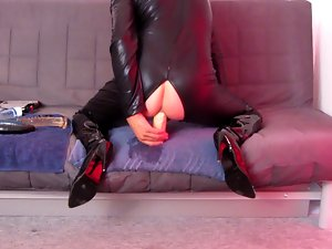 Huge 5 cm bum toy fuck in catsuit thigh boots + cumshot