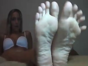 Feet JOi Encouragement