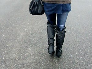 Leggings-Girl - Walking in my New Boots
