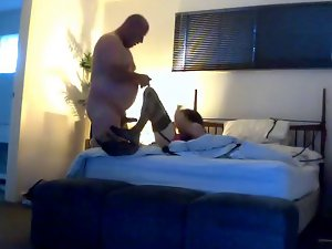 Bear Barebacks and feeds transsexual cum