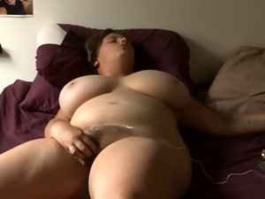 Amazing buxom Cute bbw masturbates on bed