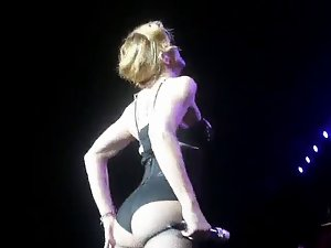 Madonna - That Dirty ass Is Still Fantastic