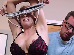 Kelly Summer cheats and his extremely big cock satisfies her every need