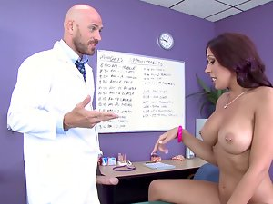 Doctor Johnny prescribes his xxl big cock for Rachel Starr