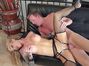 Stiff and top heavy whore Sarah Jessie sits on a huge shaft