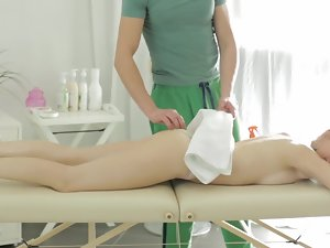 Pale-skinned patient heard upon special services by this masseur