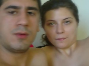 Youngster and his bombshell are about to fuck on the amateur camera