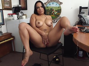 Latina that works as an escort is going for a career change here
