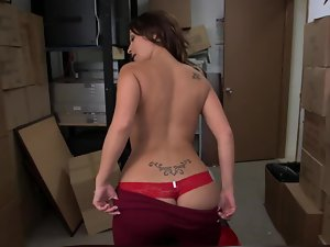 Latina accepts her top and panties off and has a facial in the backroom