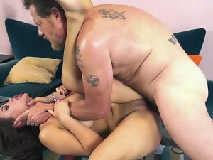 BDSM sex turns on the raunchy dark haired on a leash