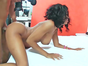 19 year experienced filthy ebony venus is having her muff fingered