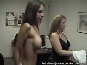 Whorish gals in a dripping shirt contest film