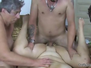 Filthy experienced whore gets her sexy fanny thumped feature