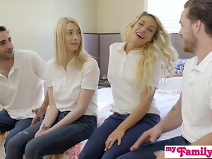StepSiblings Orgy Fuck In Front Of Mama - MyFamilyPies S3:E4